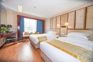 红鹤大酒店