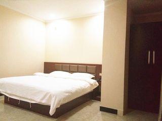 龙泉商务酒店