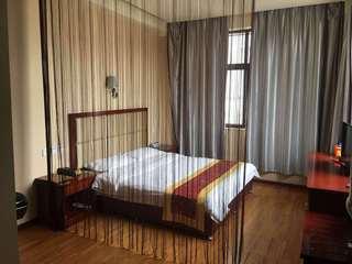 绿怡假日酒店