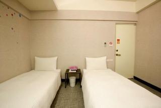 台北放假好好玩旅馆(HolidayFunHostel)