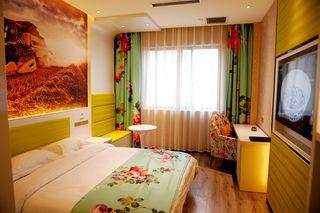 速8酒店(邓州锦绣花园店)