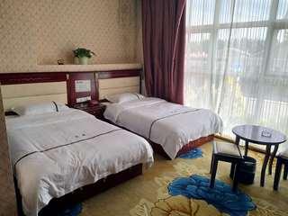 龙鼎快捷商务酒店