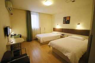 莫泰酒店(上海浦东南路八佰伴店)