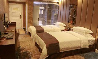 四季阳光大酒店