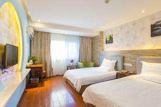 驿亭四季酒店(上海东方路店)