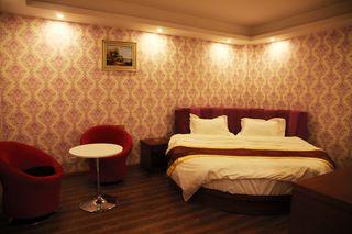 速8酒店(银川宁东市政大厅店)