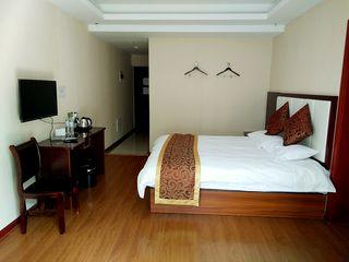 佳宾商务酒店