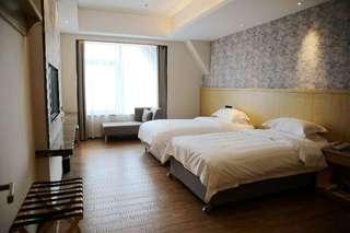 速8酒店(乌鲁木齐高铁店)