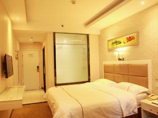 昆仑乐居酒店