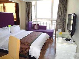 鸿锦大酒店(原半岛港湾连锁酒店)