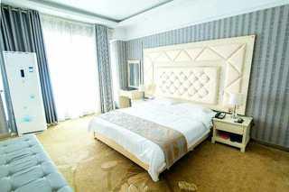 福港弘亚精品酒店
