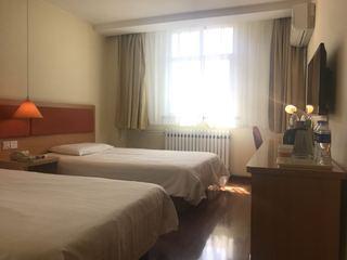如家酒店(乌鲁木齐北园春阿勒泰路店)
