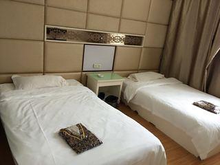 水立方温泉商务酒店