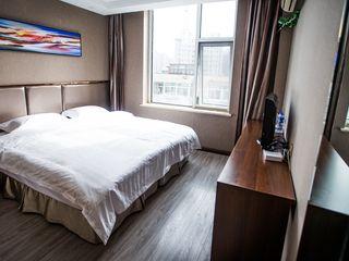 速8酒店(承德火车站广场店)
