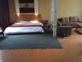 318时代酒店