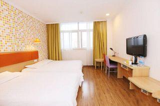 布丁酒店(上海淮安路店)