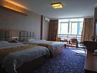 龙城商务酒店