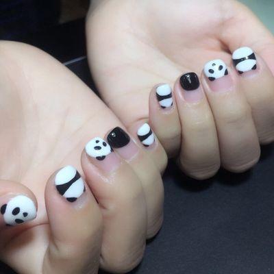 萌萌の熊猫美甲款式图