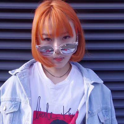 亮橙色作品图