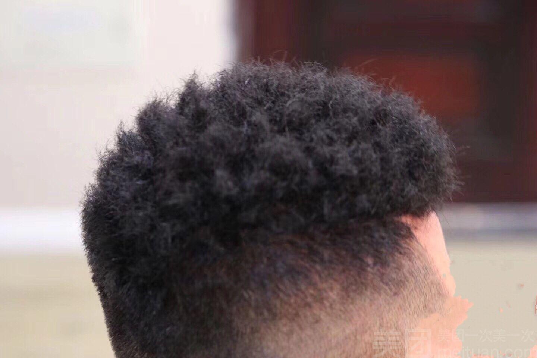 黑人烫�_【tg美发造型·无痕增发补发】黑人烫