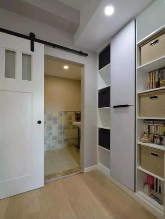 15-20万90平米复式现代简约风格储藏室图片大全