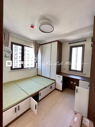 富裕型30平米以下超小户型现代简约风格卧室装修效果图