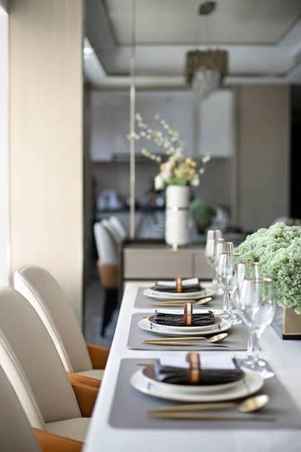 120平米三室一厅轻奢风格餐厅设计图