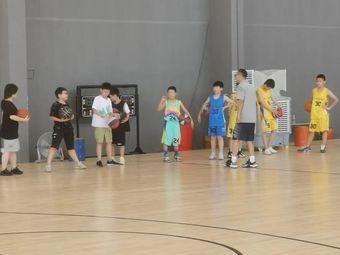 恒熠篮球俱乐部