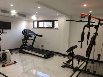 140平米别墅轻奢风格健身房图片大全