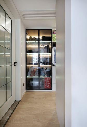 豪华型110平米三现代简约风格衣帽间欣赏图