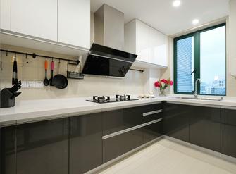 100平米三室一厅现代简约风格厨房设计图