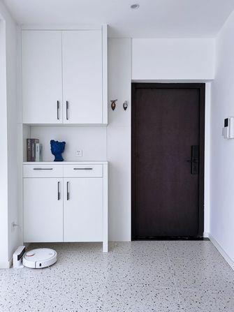 10-15万100平米三室两厅现代简约风格玄关装修案例
