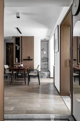 豪华型130平米三室一厅中式风格玄关欣赏图