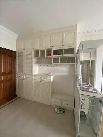 90平米四室两厅现代简约风格玄关装修案例