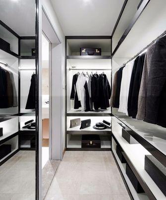 15-20万130平米三室两厅轻奢风格衣帽间图片