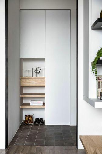 经济型三室两厅北欧风格玄关装修案例