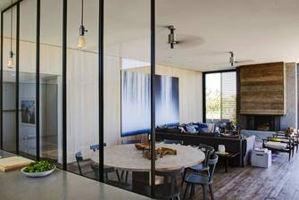 20万以上140平米别墅混搭风格客厅设计图