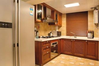 15-20万120平米三室两厅东南亚风格厨房装修效果图