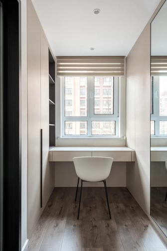 20万以上140平米三室两厅现代简约风格衣帽间装修效果图
