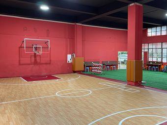 杰成体育篮球培训(学府路校区)