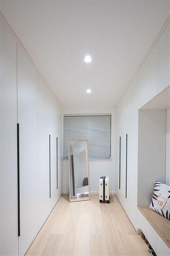 10-15万100平米三室一厅现代简约风格衣帽间装修图片大全