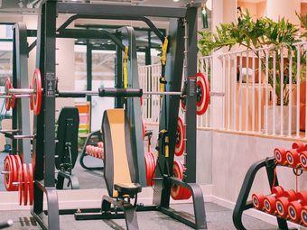 CPF健身工作室(常发广场店)