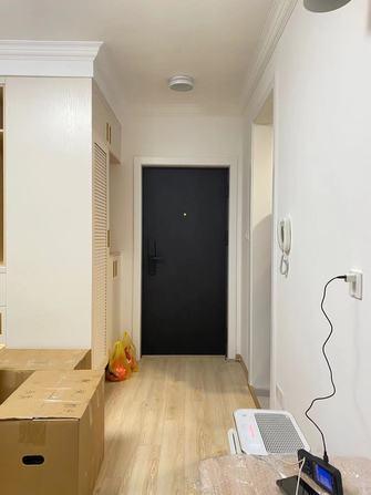 60平米公寓混搭风格玄关图