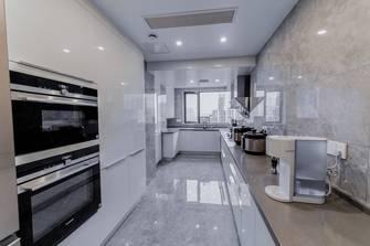 豪华型三室两厅法式风格厨房欣赏图