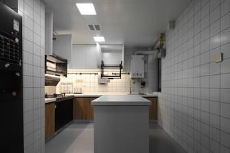 日式风格厨房图