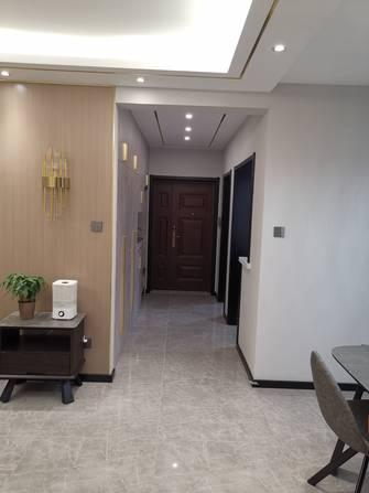 3-5万100平米三室一厅轻奢风格走廊图片