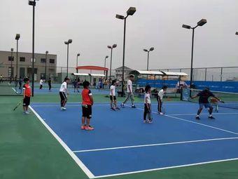 爱动网球(星城校区)