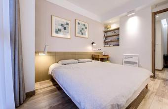 20万以上110平米四室一厅北欧风格卧室设计图