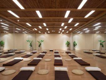 橙子瑜伽生活馆(军师府邸店)