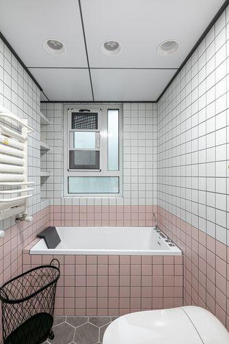 豪华型130平米三室两厅日式风格卫生间图片